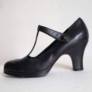 AEROSOLES Platform Mary Jane Spectator Shoes
